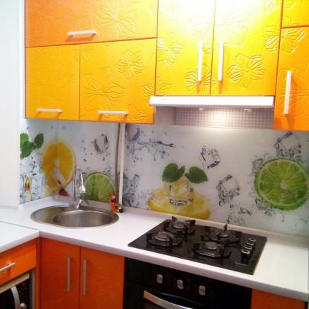 фартух на кухню зі скла фото, скіналі фото, скляний фартух на кухню фото, кухонний фартух фото 4795