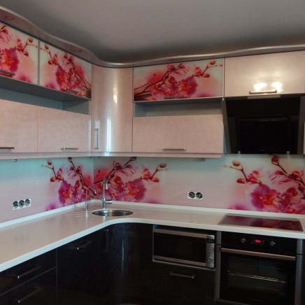 фартух на кухню зі скла фото, скіналі фото, скляний фартух на кухню фото, кухонний фартух фото 16231